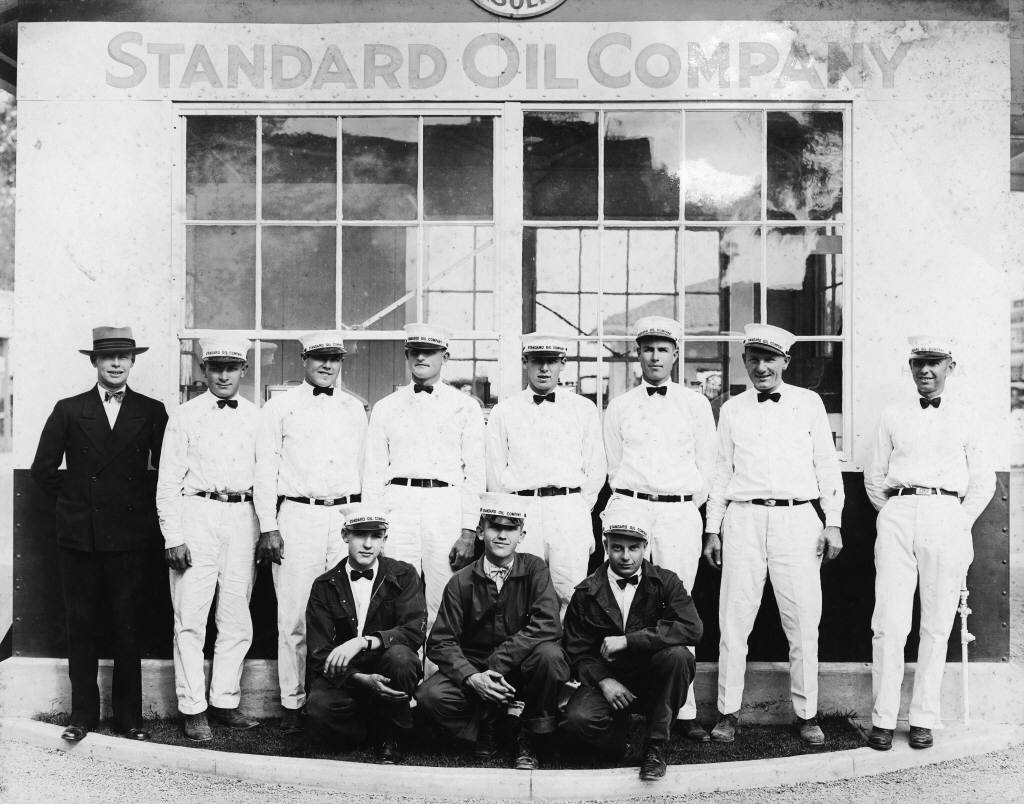 john d rockefeller and standard oil The role of john d rockefeller: the ultimate oil man in the history of the united john davison rockefeller was born the second of six children to a working standard oil and its subsidiaries quickly managed to consolidate the refining business in the cleveland area and then.