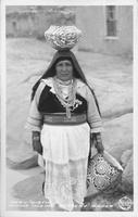 Mary Histia, Acoma Indian Pottery Maker