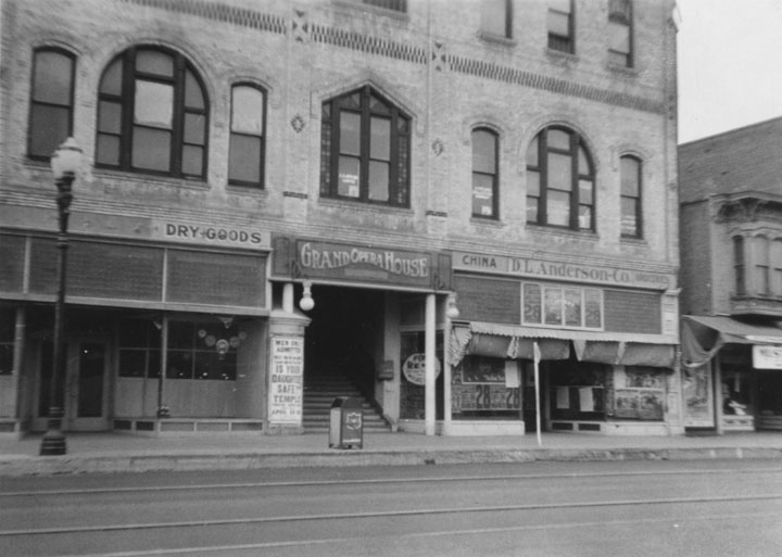 Entrance to the Grand Opera House on 203 E. 4th St., N. E. Corner of Bush and 4th, about 1930