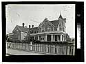 [House at 10th and G Streets]