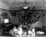 Coffinberry children and th family Christmas tree circa 1919