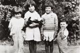 Josephine Yee, Maxine Silva, Valentina and John Yee, descendants of Barbareno Chumash Indians : circa 1928.