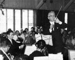 Henri Temianka conducting at the Music Weekend