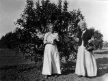 Sisters Nellie S. Moore & Eliz. Hardwell of Oakland