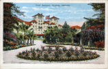 Postcard:  Second Raymond Hotel, with its Circular Drive, ca. 1931