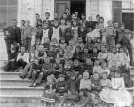 Murray School class photograph (1891)