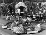 "Pasadena Tournament of Roses Parade--Arcadia Float, 1992, ""Your Own Back Yard"""