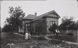 Photograph of a carpenter's residence in Santa Ana