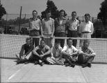 [Men's tennis team]